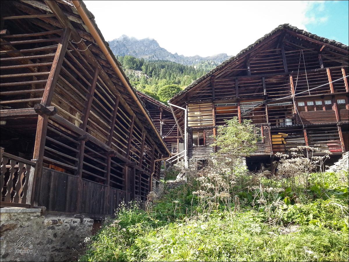Drei Walserhäuser